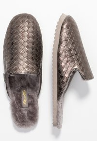 flip*flop - SLIPPER BRAIDED - Slippers - taupe - 3