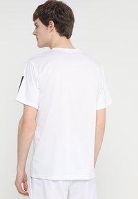 adidas Performance - CLUB TEE - T-shirt imprimé - white/black - 2