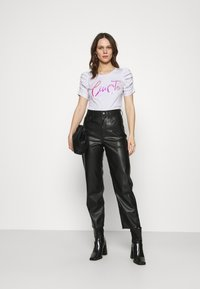 Liu Jo Jeans - MODA - T-shirts med print - bianco ottico - 1