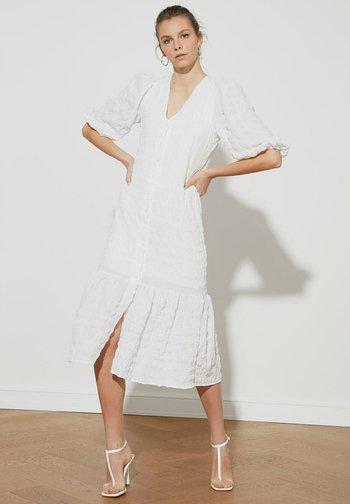 Vestido camisero - cream
