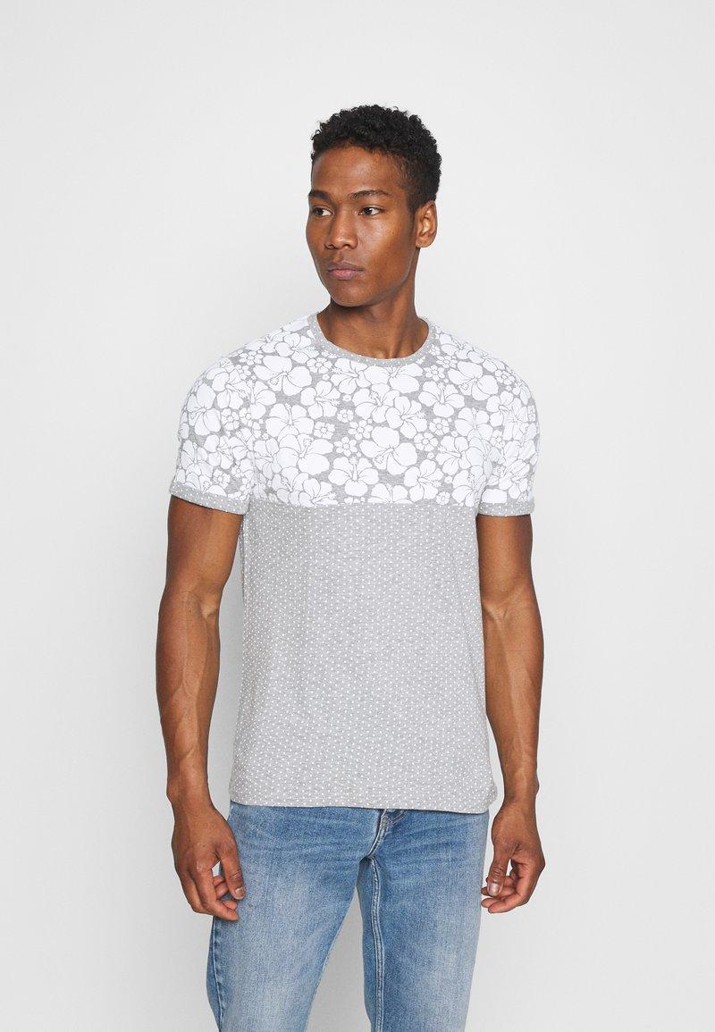 Brave Soul - PEARL - Print T-shirt - grey marl/white