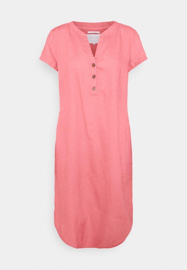 Robe d'été - desert rose