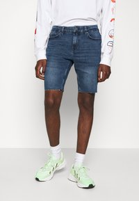 Only & Sons - ONSPLY ZIP RAW HEM  - Denim shorts - blue denim - 0