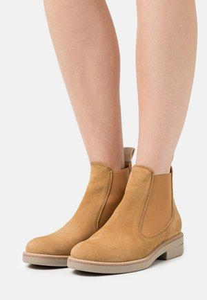 SHEILA  - Ankle boots - cognac