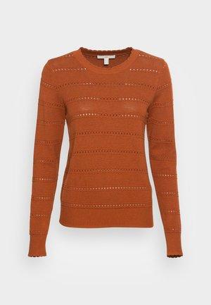 CORE SWEATER - Pullover - rust orange