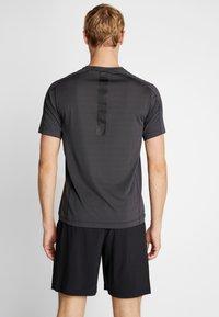 Calvin Klein Performance - TEE - T-shirt print - grey - 2
