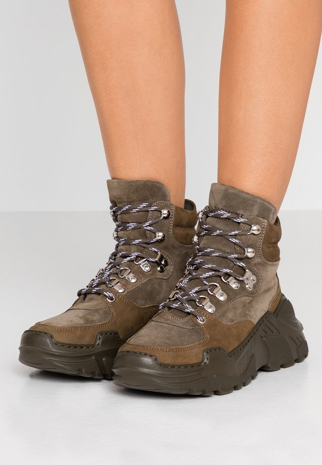 Ankle boot - army