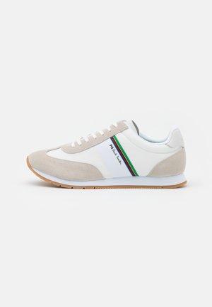 PRINCE - Sneakersy niskie - white