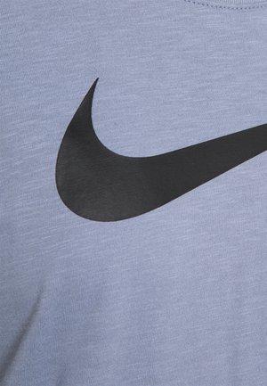 TEE CREW - Camiseta estampada - ashen slate