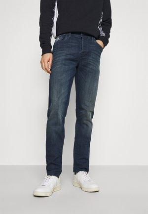 SERVANDO  - Slim fit jeans - alroy