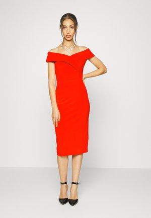 ZARA MIDI DRESS - Jersey dress - red