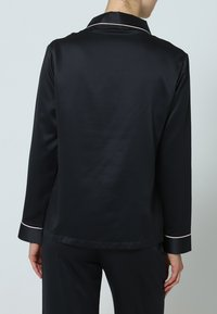 BlueBella - CLAUDIA - Pyjama set - black/pale pink - 2