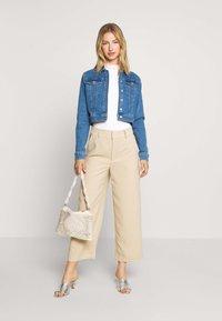 NA-KD - PAMELA REIF X NA-KD JACKET - Denim jacket - light blue - 1