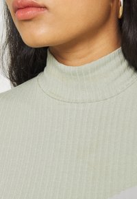 EDITED - MANON LONGSLEEVE - Long sleeved top - desert sage green - 5