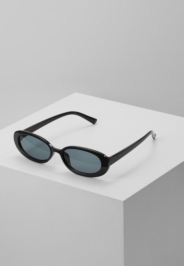 SUNGLASSES - Okulary przeciwsłoneczne - black