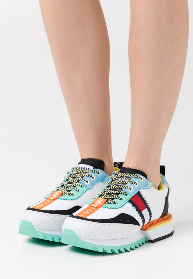 Tommy Jeans - FASHION RUNNER - Zapatillas - white