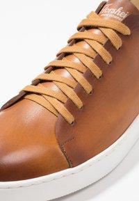 Florsheim - Sneakers laag - tan - 5