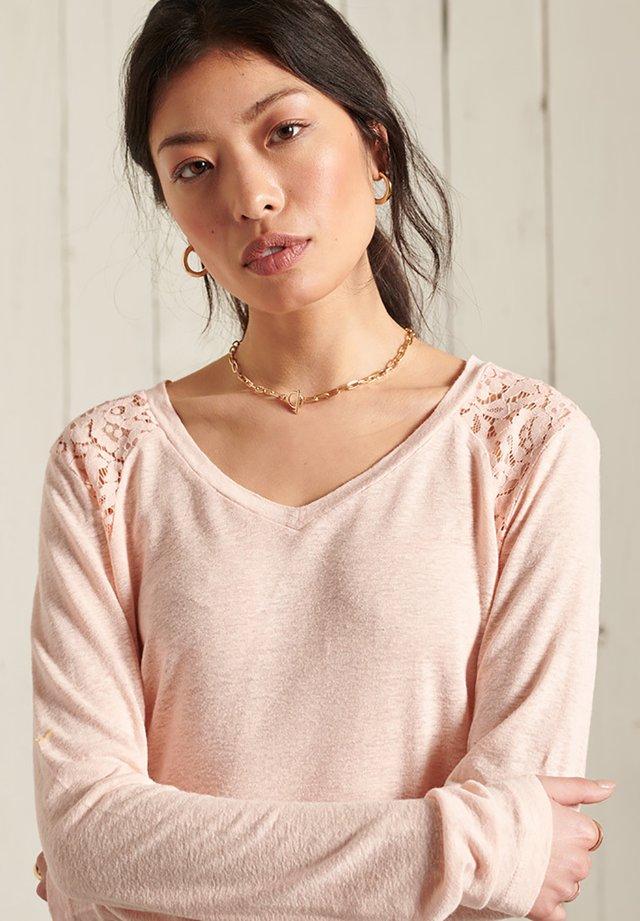 INSERT - Pitkähihainen paita - bright blush