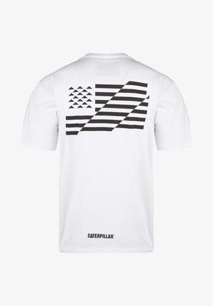 CATERPILLAR CATERPILLAR B-W FLAG T-SHIRT HERREN - Print T-shirt - white