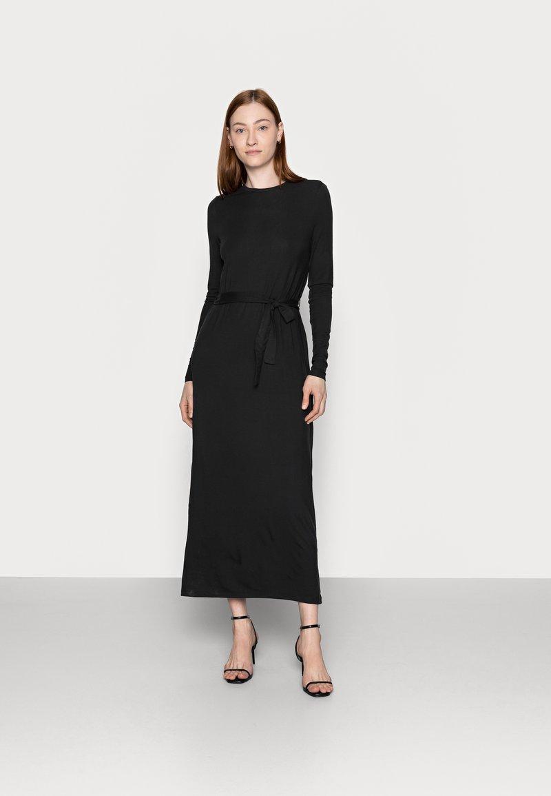 Vero Moda Tall - VMNAVA TIE ANKLE DRESS - Maxi dress - black