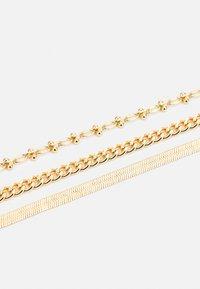 Pieces - PCNAISE BRACELET 3 PACK - Armbånd - gold-coloured - 2