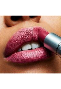 MAC - MINI LIPSTICK / LITTLE M∙A∙C - Rouge à lèvres - captive - 2