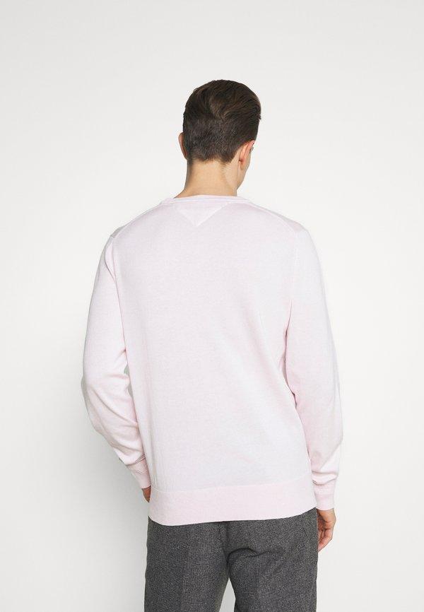 Tommy Hilfiger BLEND CREW NECK - Sweter - light pink/rÓżowy Odzież Męska ZEET
