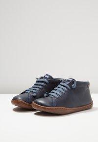 Camper - PEU CAMI KIDS - Zapatos con cordones - navy - 3