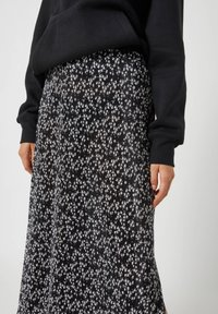 PULL&BEAR - A-line skirt - black - 3