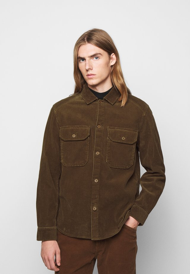 ARMY OVER SHIRT - Shirt - chocolate brown