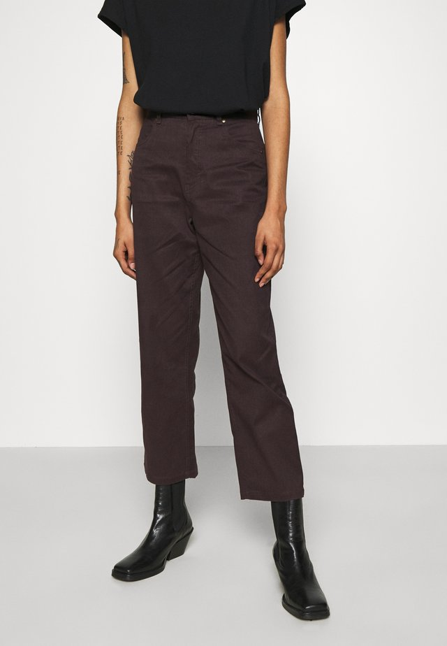 SHELBY - Jeans Straight Leg - mulberry