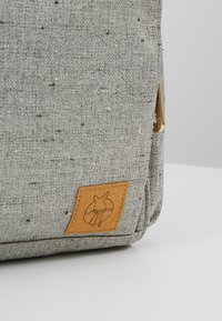 Lässig - GREEN LABEL BACKPACK - Baby changing bag - light grey/beige - 8