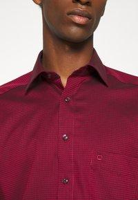 OLYMP Luxor - MODERN - Zakelijk overhemd - dark red - 5