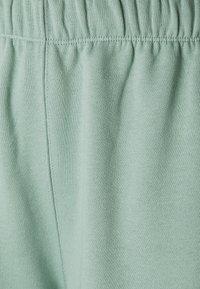 Envii - ENMONROE PANTS - Tracksuit bottoms - chinois green - 2