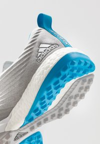 adidas Golf - ADIPOWER 4ORGED S - Golfsko - grey two/footwear white/shock cyan - 5