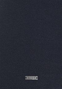 OLYMP Level Five - BASIC - Liivi - marine - 2