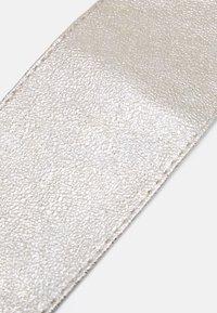 Pieces - PCDREA WAIST BELT - Midjebelte - gold-coloured - 2