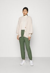 GAP - UTILITY - Trousers - olive - 1
