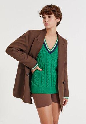Pitkä takki - dark brown