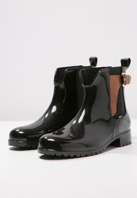 Tommy Hilfiger - OXLEY - Wellies - black/winter cognac - 3