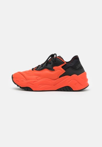 P1THON AIR - Trainers - oxy fire