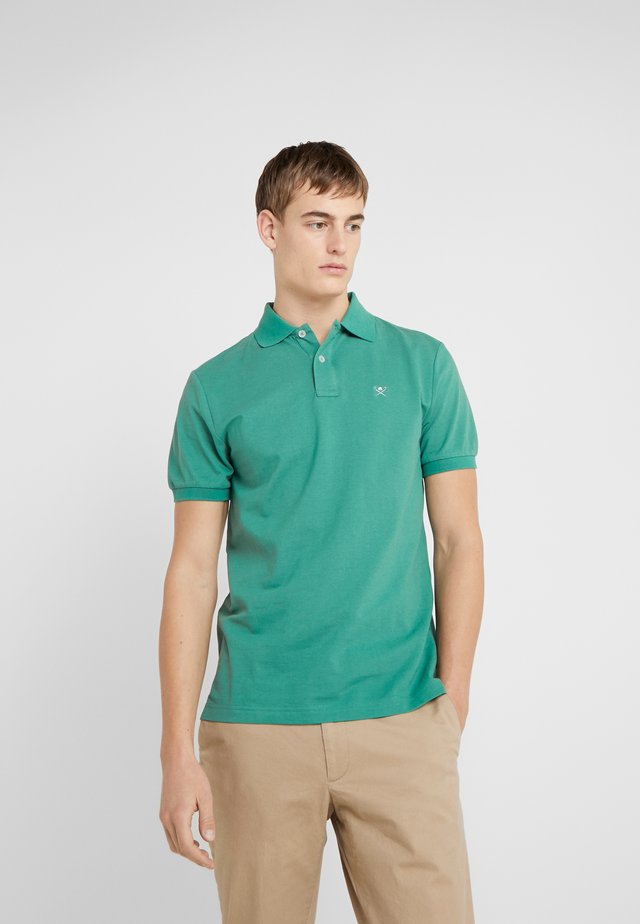 SLIM FIT LOGO - Koszulka polo - green