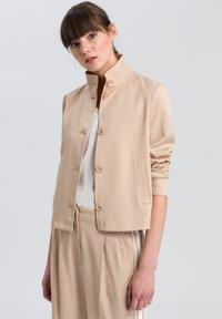 Marc Aurel - Light jacket - sand varied - 0