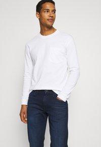 Lee - DAREN - Straight leg jeans - dark-blue denim/blue - 3