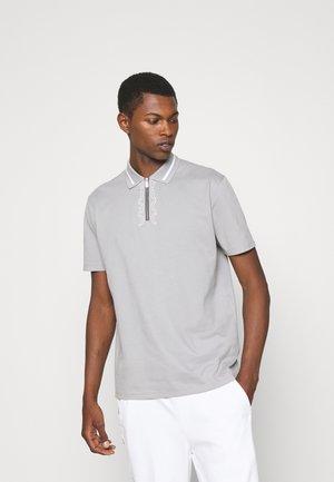 DOLMAR - Polo shirt - silver