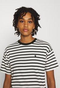 Carhartt WIP - ROBIE - T-shirt print - wax/black - 3