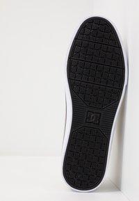 DC Shoes - TONIK - Zapatillas - timber/oak - 4