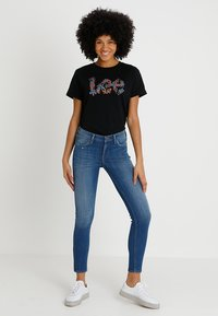 Lee - SCARLETT CROPPED - Jeansy Skinny Fit - blue denim - 1