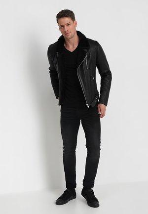 2-PACK V-NECK - T-shirt - bas - black