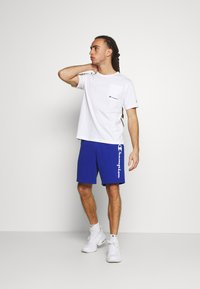 Champion - CREWNECK - Basic T-shirt - white - 1